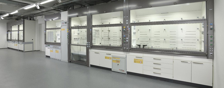 Laboratory Fume cupboard